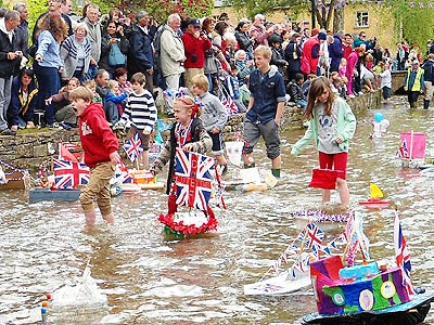 Bourton-on-the-Water boat pageant